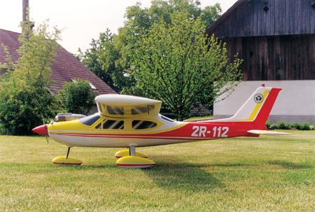 Cessna 177 Cardinal v novih barvah
