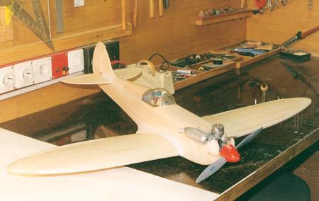 Spitfire v gradnji