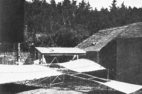 Kanet's second airplane