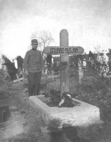 Rusjanov grob