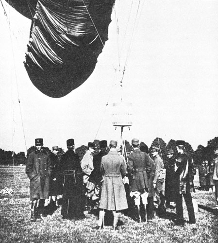Balonsko padalo Antona Oistra