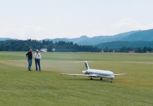 Poletanje z modelom DC-9